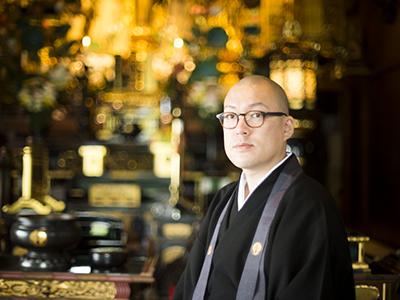 #3井上広法さん(光琳寺副住職)<br>「お寺だけど、正座禁止です。」