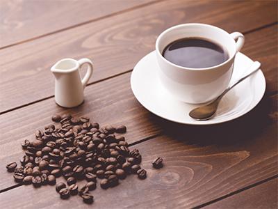 【腰痛トリビア】<br>コーヒーを飲みすぎると腰痛になる?